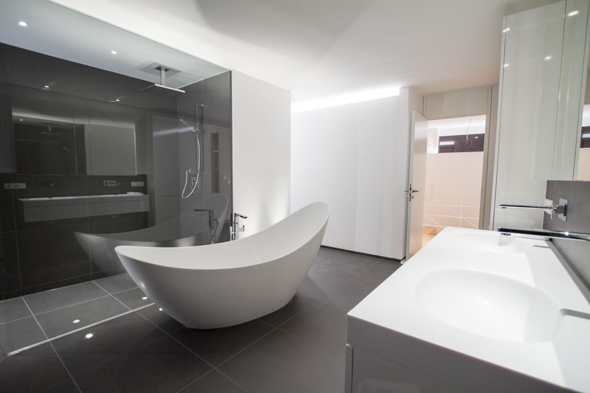 hochwertige-bad-baeder-badewanne-dusche-beleuchtung-luxus-1